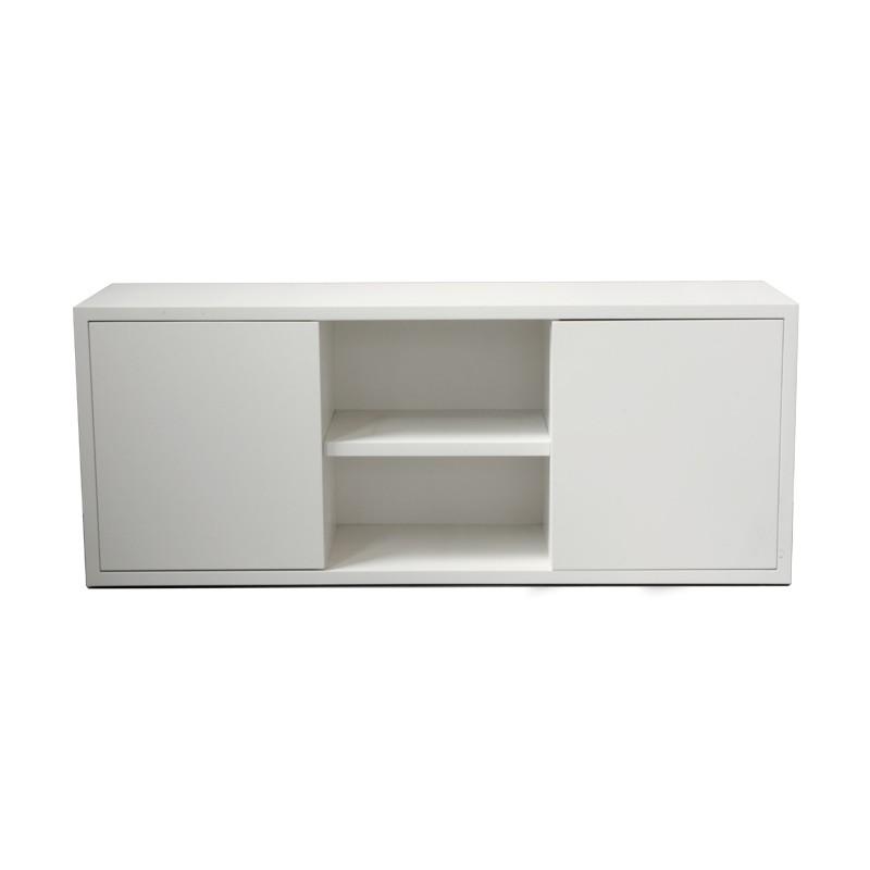 Mueble de TV con puertas